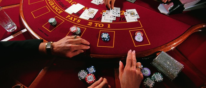 Avoid being cheated or scam in online casino with these simple tips