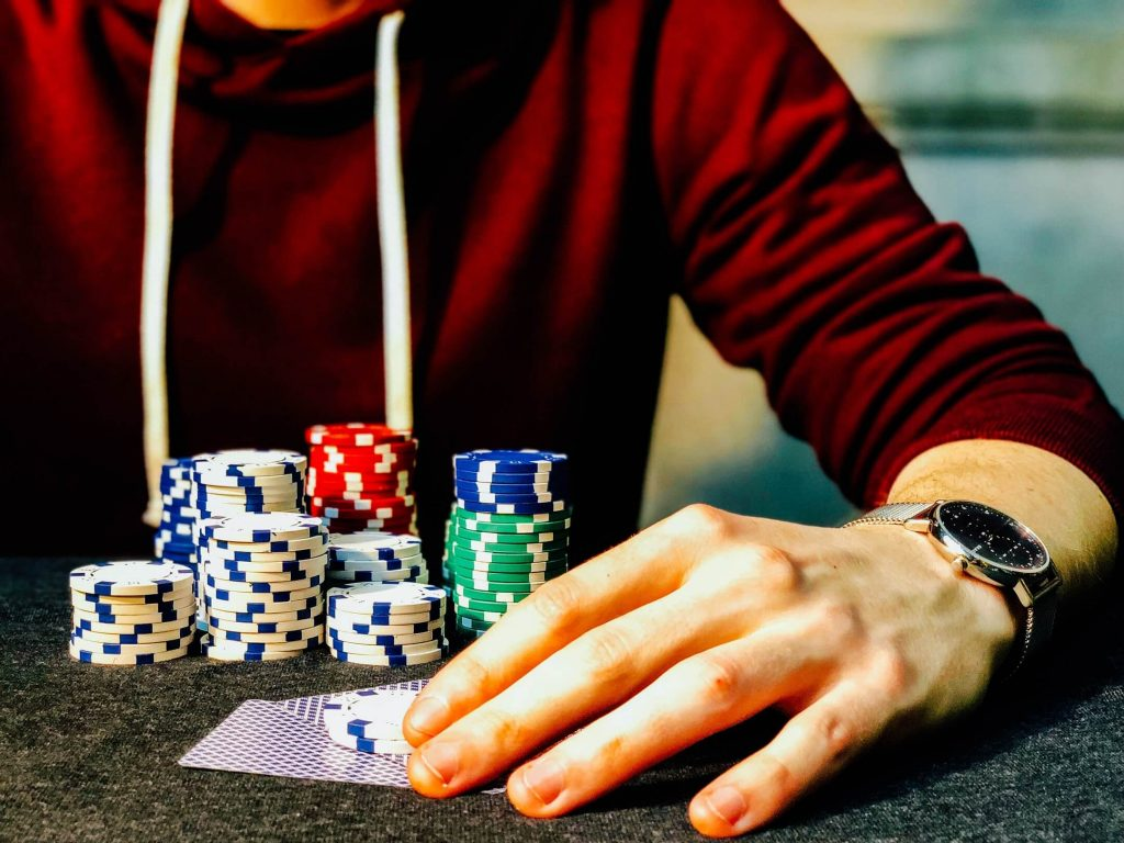Poker Tips: How to Succeed Playing Sit-N-Go