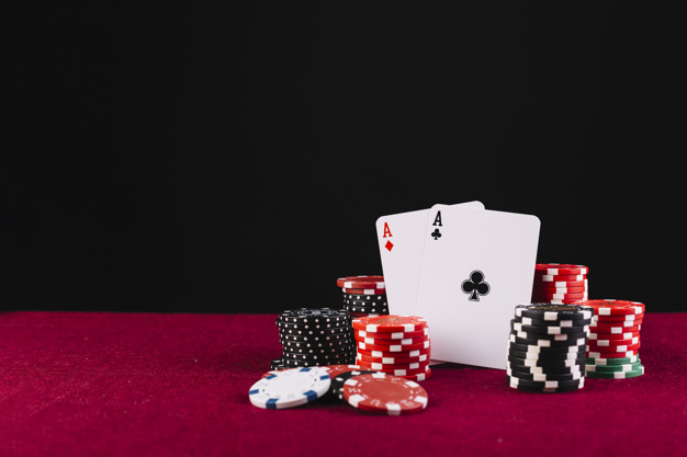 Play your favourite casino games through the internet